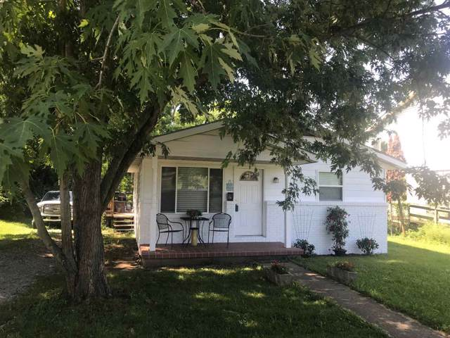 915 W 9th Street, Bloomington, IN 47404 (MLS #202000023) :: Anthony REALTORS