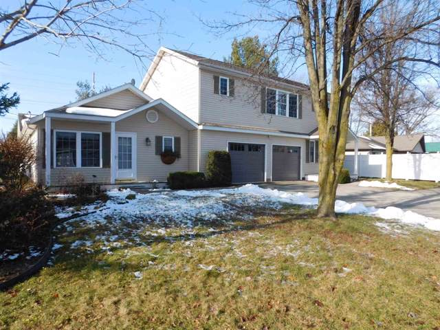 1411 S Harkless Drive, Syracuse, IN 46567 (MLS #202000259) :: TEAM Tamara