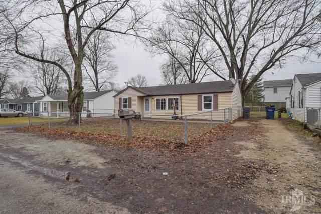 1712 S Oakdale Drive, Yorktown, IN 47396 (MLS #202000723) :: The ORR Home Selling Team