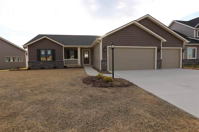 13631 Saddle Creek Lane, Grabill, IN 46741 (MLS #202000736) :: TEAM Tamara