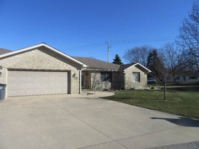 1521 Hutchins Drive, Kokomo, IN 46901 (MLS #202000911) :: The ORR Home Selling Team