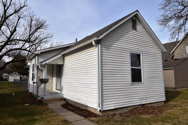 1058 N Gentry Street, Frankfort, IN 46041 (MLS #202000929) :: The Carole King Team