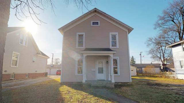 305 E Carroll Street, Kentland, IN 47951 (MLS #202000995) :: The Romanski Group - Keller Williams Realty