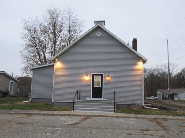 100 Washington Street, Pine Village, IN 47975 (MLS #202002123) :: The Romanski Group - Keller Williams Realty
