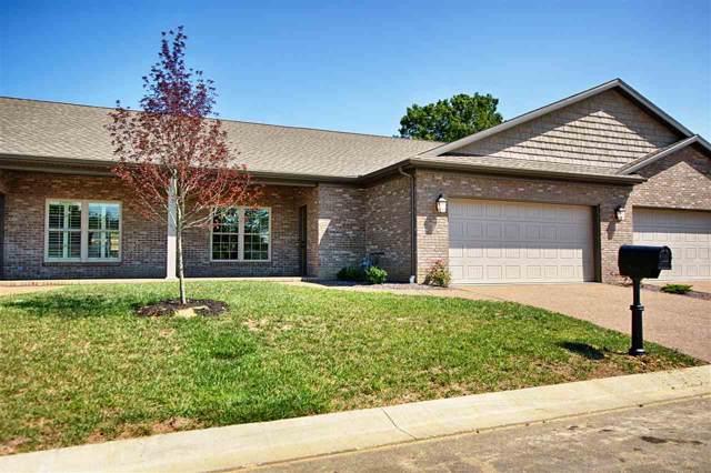 8359 Nolia Lane, Newburgh, IN 47630 (MLS #202002414) :: The ORR Home Selling Team