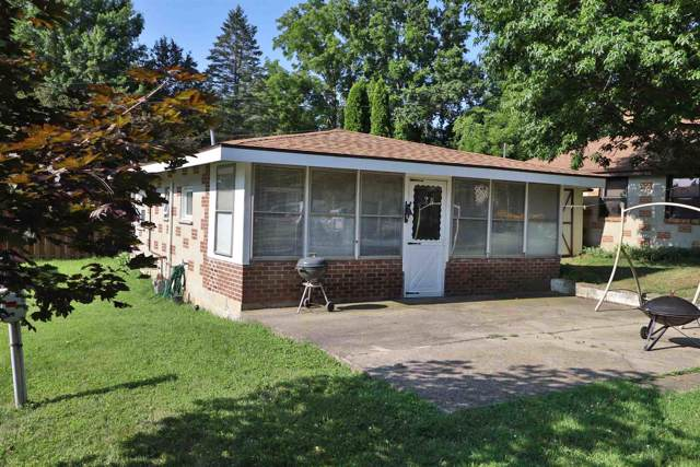 6825 N Skaggs Ct., Monticello, IN 47960 (MLS #202002587) :: The Romanski Group - Keller Williams Realty