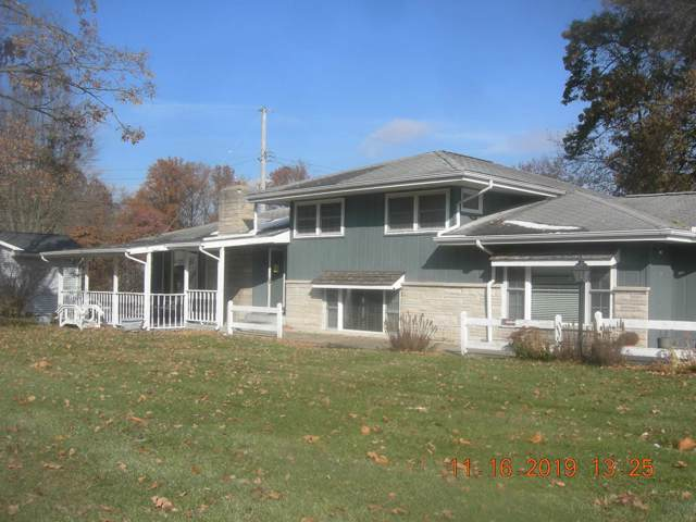 1203 N Main Street, Monticello, IN 47960 (MLS #202003021) :: The Romanski Group - Keller Williams Realty