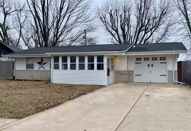 1810 Elva Drive, Kokomo, IN 46902 (MLS #202003170) :: The Carole King Team
