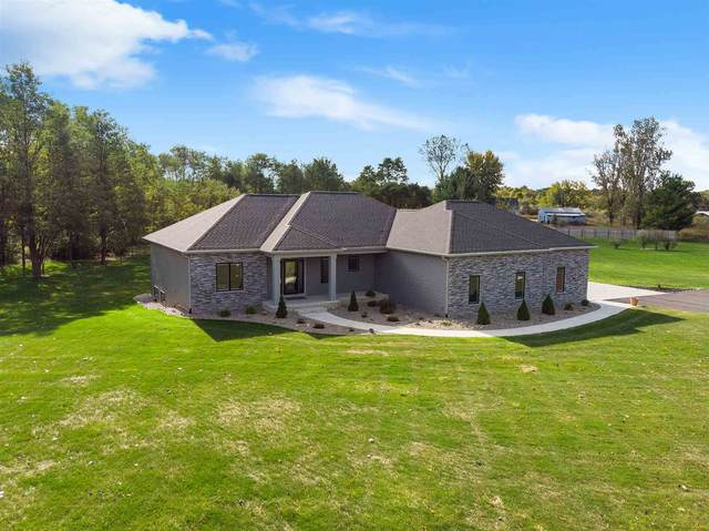 5285 W 612 N, Huntington, IN 46750 (MLS #202004230) :: TEAM Tamara