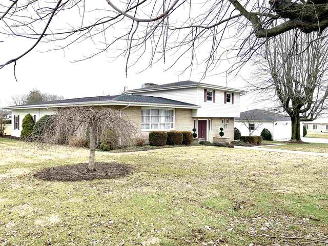 1209 W Oak Street, Mitchell, IN 47446 (MLS #202004462) :: The ORR Home Selling Team