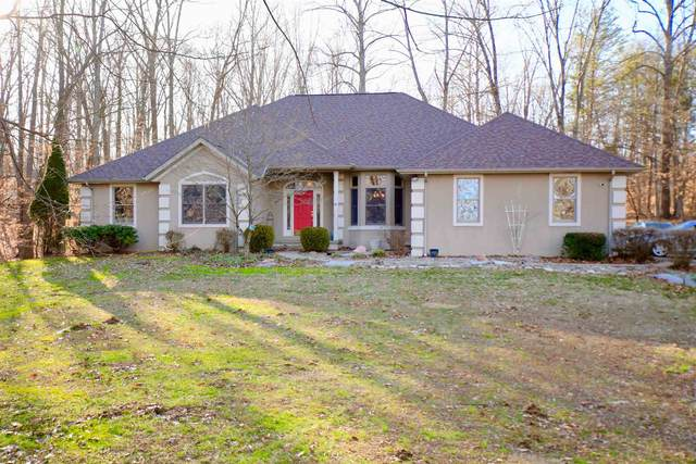 117 The Woods, Bedford, IN 47421 (MLS #202004490) :: Parker Team