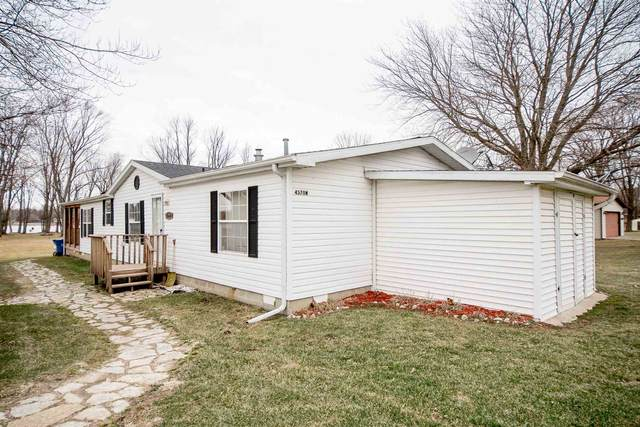 4370 W 500 N, Columbia City, IN 46725 (MLS #202004698) :: TEAM Tamara