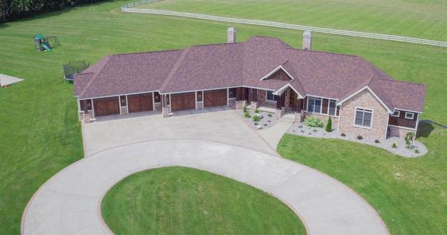 64399 County 3 Road, Wakarusa, IN 46573 (MLS #202006321) :: Anthony REALTORS