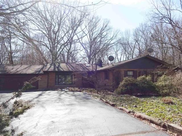 1908 Arrowhead Drive, West Lafayette, IN 47906 (MLS #202006864) :: The Romanski Group - Keller Williams Realty