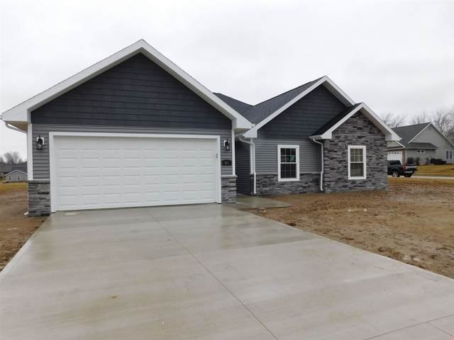 401 Ringneck Trail, Warsaw, IN 46580 (MLS #202006969) :: Anthony REALTORS