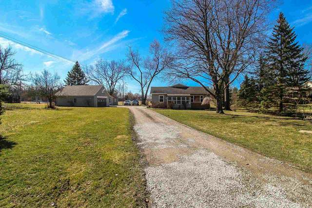 10306 Winchester Road, Fort Wayne, IN 46819 (MLS #202009545) :: TEAM Tamara