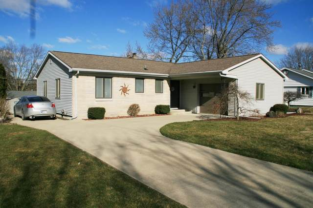 860 Cambridge Drive, Wabash, IN 46992 (MLS #202009615) :: The Romanski Group - Keller Williams Realty