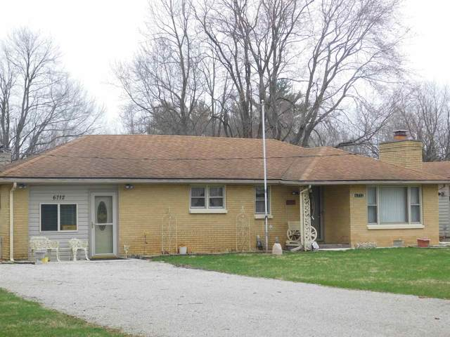 6712 E Woodside Road, Albany, IN 47320 (MLS #202010784) :: The ORR Home Selling Team