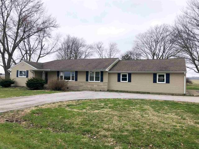 8714 N County Road 600 W, Rossville, IN 46065 (MLS #202010953) :: The Romanski Group - Keller Williams Realty