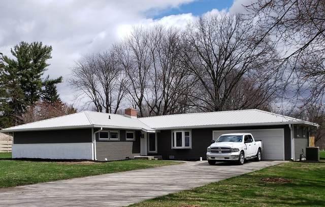 3000 Westmoor Drive, Kokomo, IN 46902 (MLS #202011549) :: The Romanski Group - Keller Williams Realty