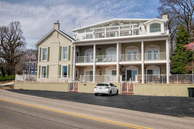 101 E Jennings Street A, Newburgh, IN 47630 (MLS #202011661) :: Hoosier Heartland Team | RE/MAX Crossroads