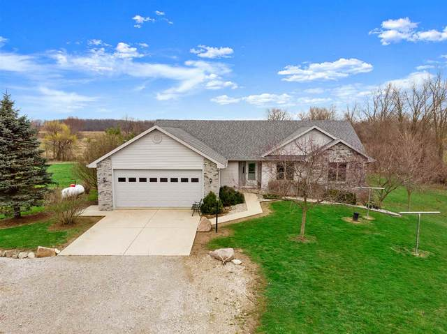 22005 Ward Road, Woodburn, IN 46797 (MLS #202011919) :: Anthony REALTORS