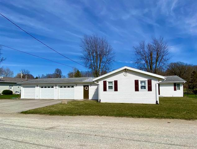 18 Ems C19a Lane, Warsaw, IN 46582 (MLS #202011948) :: Anthony REALTORS