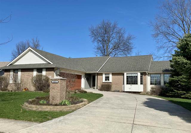 6214 Catbird Avenue, Fort Wayne, IN 46818 (MLS #202012054) :: Select Realty, LLC