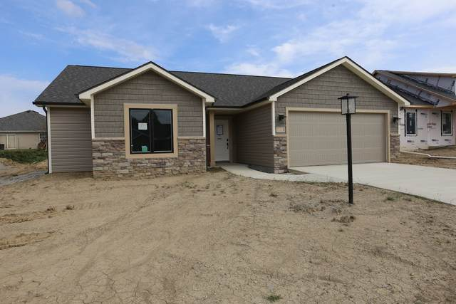 726 N Long Ridge Road, Columbia City, IN 46725 (MLS #202013287) :: TEAM Tamara