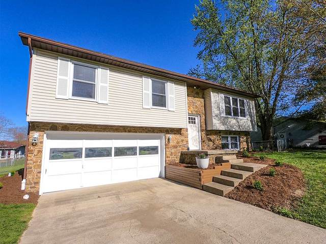 3901 W Indian Creek Drive, Bloomington, IN 47403 (MLS #202014078) :: Anthony REALTORS