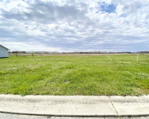 171 Parish Parkway, Winamac, IN 46996 (MLS #202014295) :: Hoosier Heartland Team | RE/MAX Crossroads
