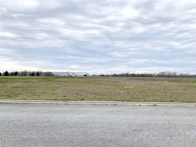 121 Parish Parkway, Winamac, IN 46996 (MLS #202014306) :: Hoosier Heartland Team | RE/MAX Crossroads