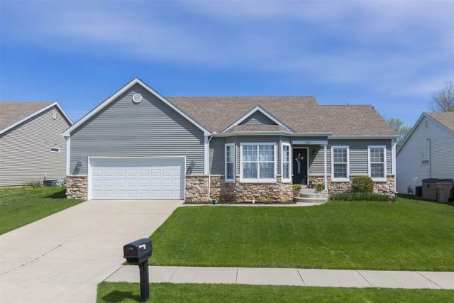 2411 Harwood Street, South Bend, IN 46614 (MLS #202015984) :: Anthony REALTORS