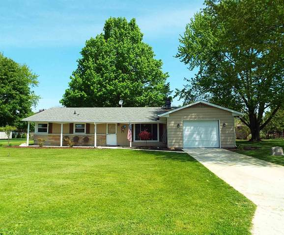 1404 W Tanager Drive, Warsaw, IN 46580 (MLS #202017686) :: Anthony REALTORS