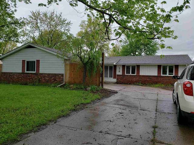 418 W Maplewood Drive, Ossian, IN 46777 (MLS #202017901) :: The ORR Home Selling Team