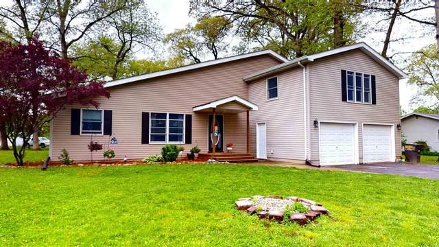 5504 E Colonial Oaks Drive, Monticello, IN 47960 (MLS #202017997) :: The Carole King Team