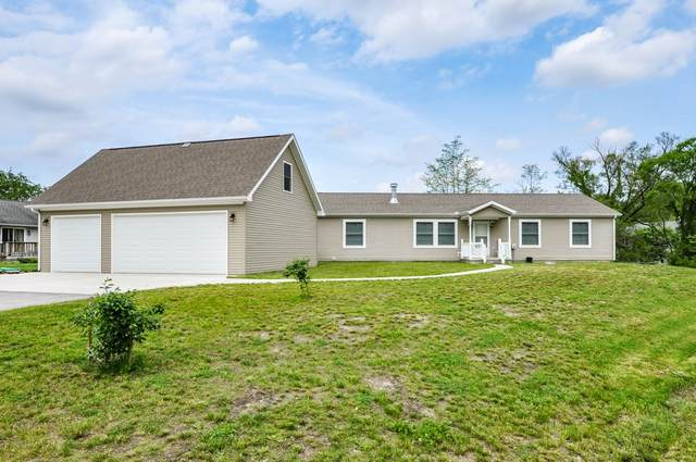 11094 N Quiet Water Circle, Monticello, IN 47960 (MLS #202018878) :: Parker Team