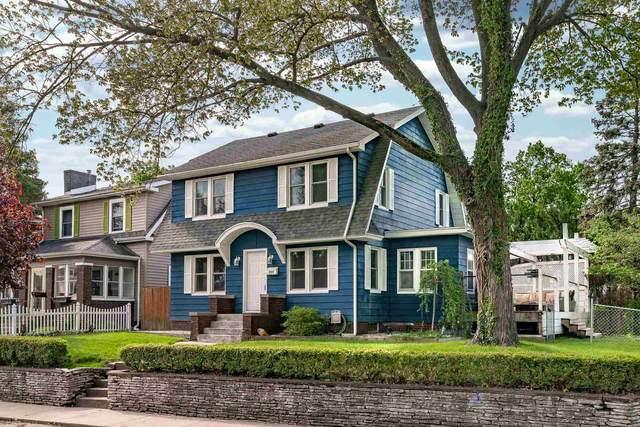 901 Washington Avenue, Mishawaka, IN 46544 (MLS #202018888) :: The ORR Home Selling Team
