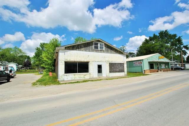 1878 N Francis Street, Monticello, IN 47960 (MLS #202019156) :: The Romanski Group - Keller Williams Realty