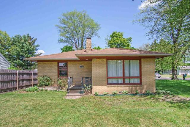 19637 Paxson Drive, South Bend, IN 46637 (MLS #202019375) :: Anthony REALTORS