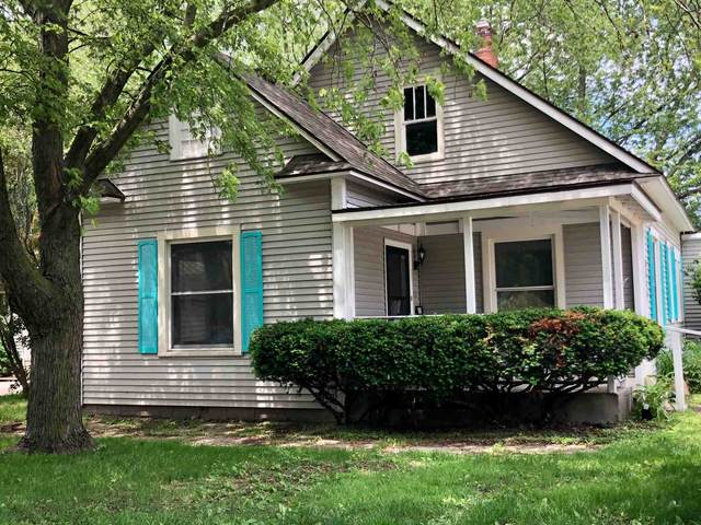 6940 Monroe Street, Stockwell, IN 47983 (MLS #202019672) :: The ORR Home Selling Team