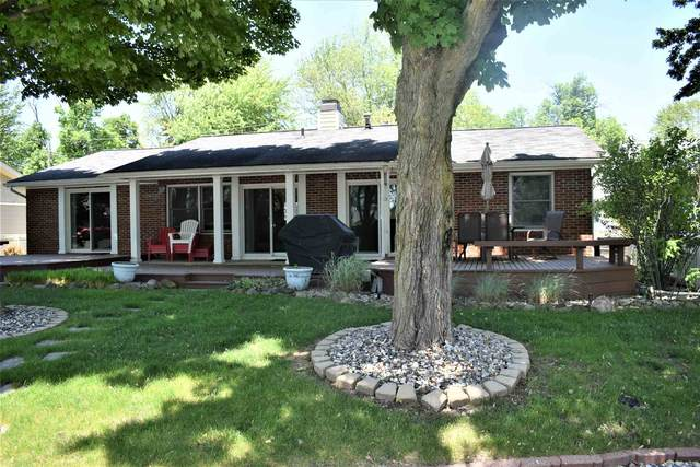 8215 E Cassandra Drive, Syracuse, IN 46567 (MLS #202020900) :: Anthony REALTORS