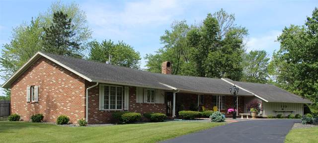 109 Crestwood Drive, Monticello, IN 47960 (MLS #202021074) :: The Carole King Team