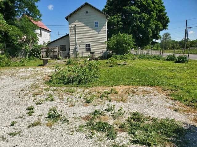 604 S Mcclure Street, Marion, IN 46953 (MLS #202021947) :: The Romanski Group - Keller Williams Realty