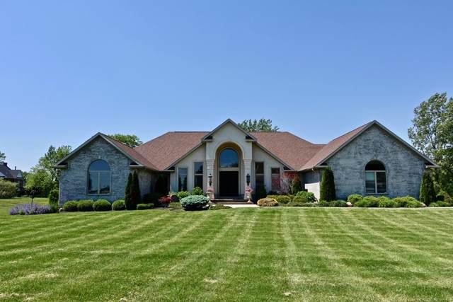 2601 N Rolling Hills Drive, Yorktown, IN 47396 (MLS #202022356) :: The ORR Home Selling Team