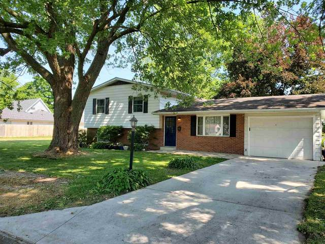 1420 W Richmond Street, Kokomo, IN 46901 (MLS #202023386) :: The Romanski Group - Keller Williams Realty