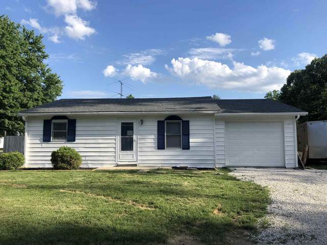 1330 W Crandall St, Mitchell, IN 47446 (MLS #202024733) :: The Dauby Team