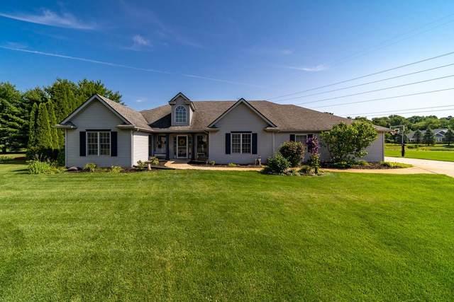 50519 Glenshire Court, Granger, IN 46530 (MLS #202025481) :: The ORR Home Selling Team