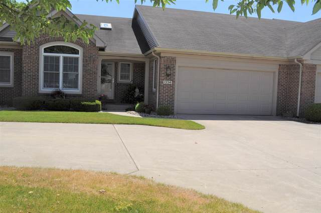 1334 Pebble Court, Goshen, IN 46528 (MLS #202025541) :: Parker Team