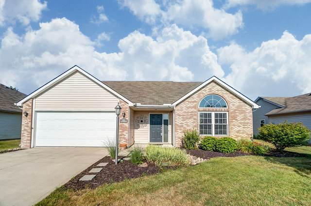 16031 Grand Willow Boulevard, Huntertown, IN 46748 (MLS #202026210) :: The Dauby Team
